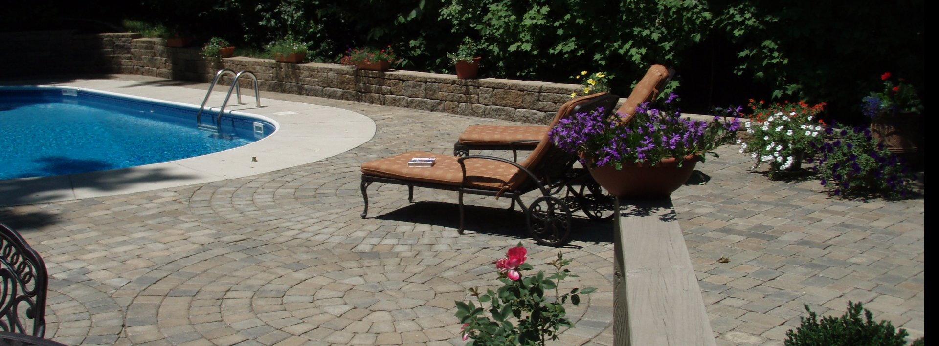 Pavers with Retaining wall